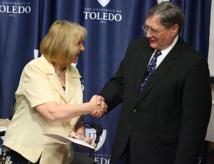 Pat Rizzi, a nurse at UT Medical Center, received the University's fourth Jefferson Award from President Lloyd Jacobs.