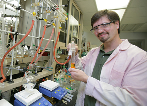 Dr. Joseph Schmidt isolated a new palladium catalyst so that it can be used to form new carbon-nitrogen bonds.