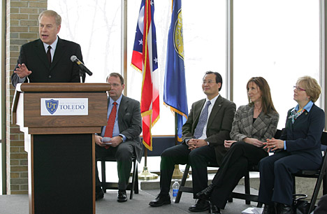 Ohio Gov. Ted Strickland talked about the potential for alternative energy business growth that will be possible thanks to partnership between the state and Huntington Bank during a press conference on UT's Scott Park Campus of Energy and Innovation. Listening were, from left, Steve Stinour, Dr. Xunming Deng, Sharon Speyer and Dr. Rosemary Haggett.