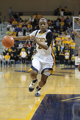 Senior Jessica Williams scored 15 points against UNC.