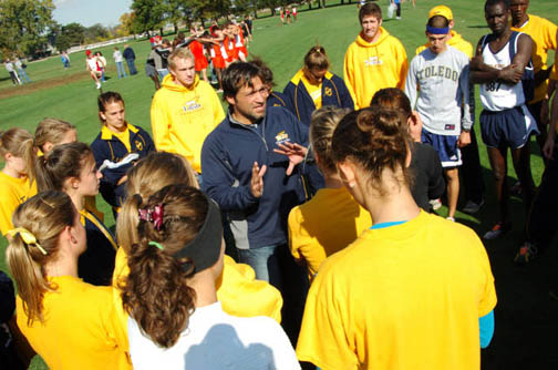 UT Coach Kevin Hadsell talked to his team.