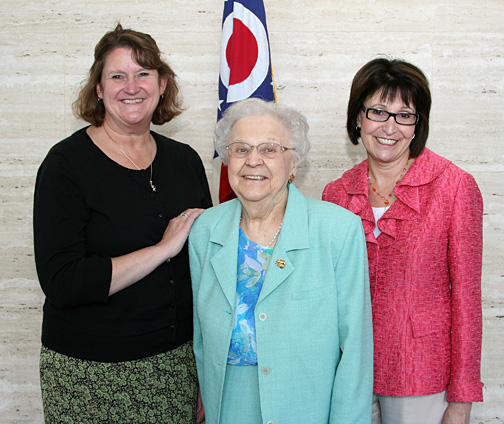 UT alumna Charlotte Shaffer, center, was congratulated by Suzanne Burke, president of the Ohio Association of Area Agencies on Aging, left, and Bonnie Kantor-Burman, director of the Ohio Department of Aging, for her induction into the Ohio Senior Citizens Hall of Fame.