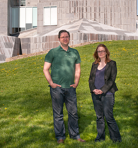 Seder Burns and Phoebe Ballard, who received a Blackboard Catalyst Award for Exemplary Course Program for their digital media class, stand outside the Center for the Visual Arts.