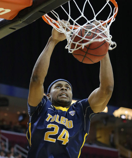 J.D. Weatherspoon scored 17 points and pulled down 13 rebounds in the MAC Tournament semifinals.