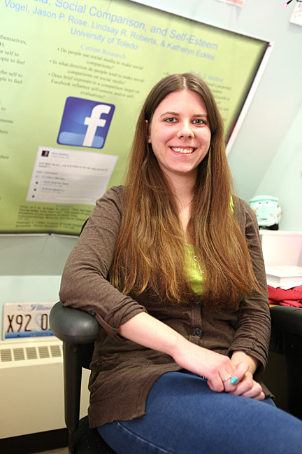 Erin Vogel led an experiement to see how Facebook affects self-esteem; the study was published in Psychology of Popular Media Culture.