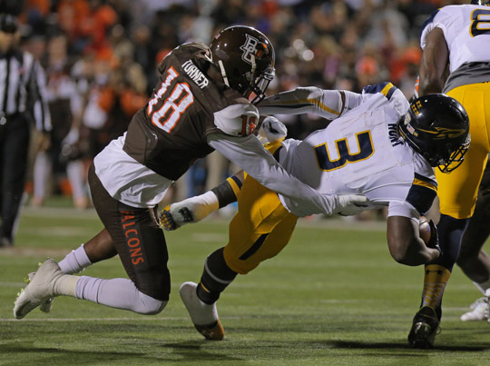 Junior running back Kareem Hunt ran for two touchdowns in Toledo's victory over Bowling Green.