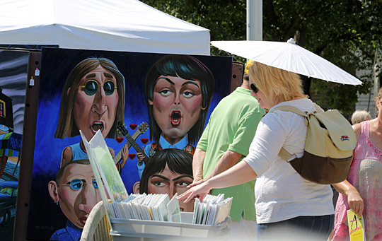 Stacy Mosetti looked at works by Mr. Atomic at Art on the Mall last year.