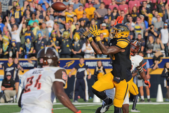 Michael Roberts caught a career-high three touchdowns in Toledo's 42-35 win over Bowling Green.
