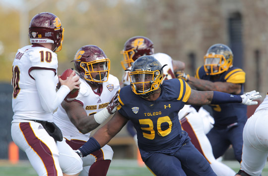 Junior linebacker Ja'Wuan Woodley had four tackles in Toledo's win over Central Michigan.