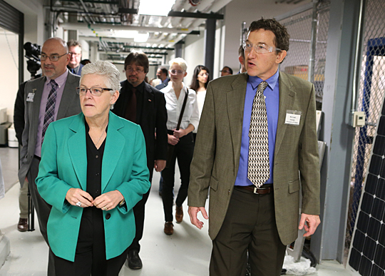 Dr. Michael Heben, Photovoltaics Innovation and Commercialization Endowed Chair and Professor, gave a tour of UT solar research facilities to U.S. Environmental Protection Agency Administrator Gina McCarthy last week.