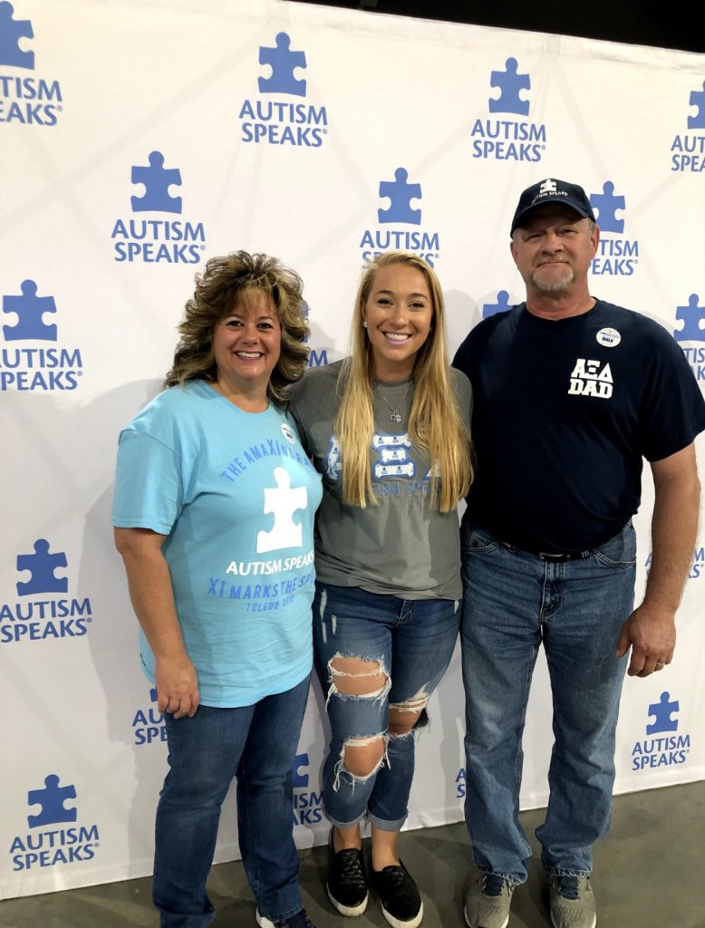 Shelby Howard with parents